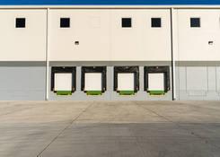 JUA044: Dock doors